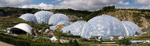 360px-eden_project_geodesic_domes_panorama1